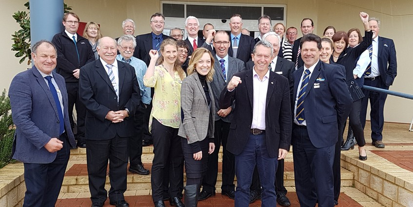 members of CEACA with Hon Mia Davies MLA, the Member for Central Wheatbelt and Hon Terry Redman MLA, Minister for Regional Development; Lands.